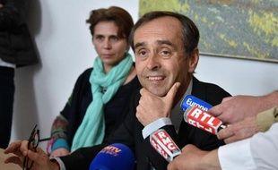 Robert Ménard en conférence de presse, le 5 mai 2015 à Béziers