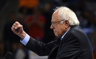 Bernie Sanders lors d'un meeting de campagne à Carson, en Californie (Etats-Unis), le 17 mai 2016.
