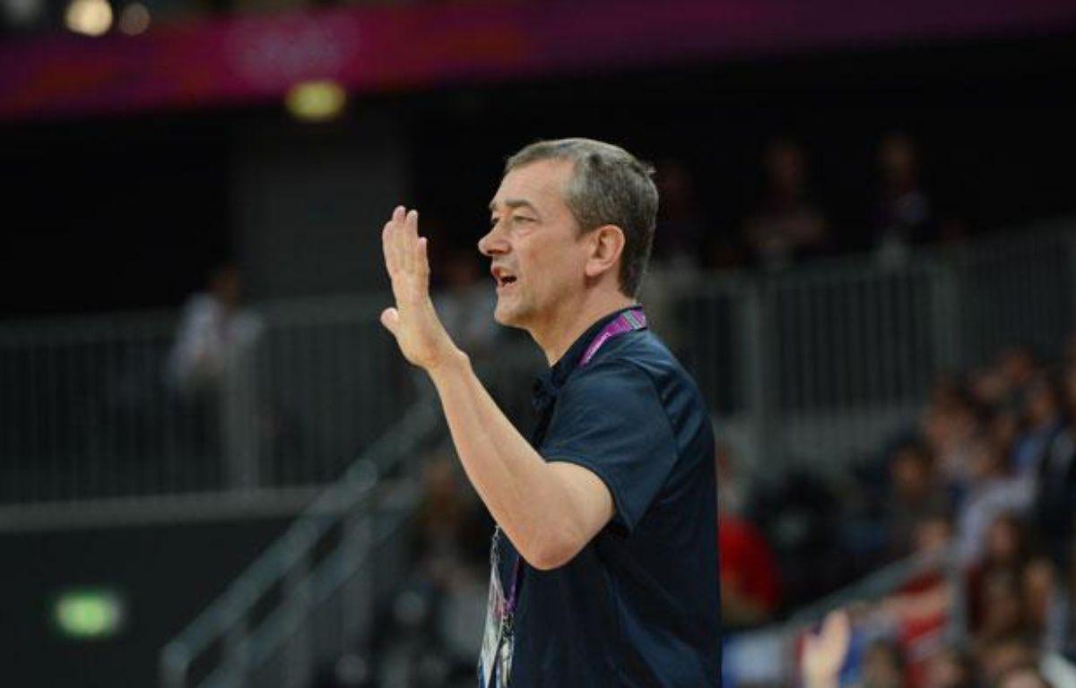Pierre Vincent, le sélectionneur de l'équipe de France de basket, le 7 août 2012, aux JO de Londres. – MARK RALSTON / AFP