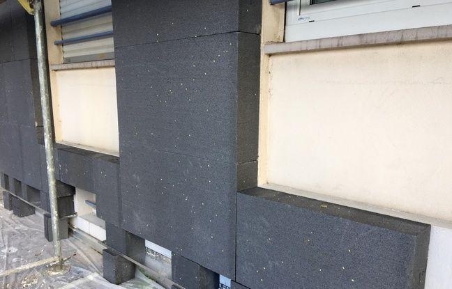 Rénovation thermique pour l'immeuble Le Major, dans le quartier de l'Esplanade à Strasbourg le 12 avril 2019.
