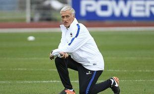 Ce n'est pas à toi de te prosterner, Didier...