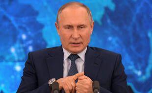 Vladimir Poutine lors de sa conférence de presse annuelle le 17 décembre 2020.