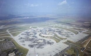 L'aéroport de Roissy Charles de Gaulle vue du ciel.