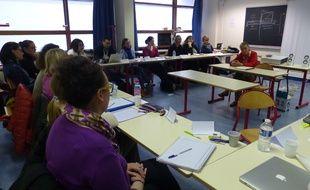 Cahterine Tourette-Turgis assure une partie des cours de sa formation unique à l'université des patients.