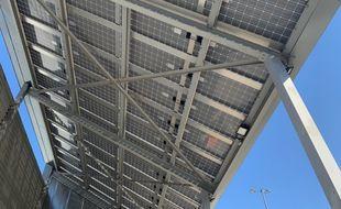 L'ombrière de l'AS Menora avec ses panneaux photovoltaïques. Strasbourg le 15 septembre 2020.