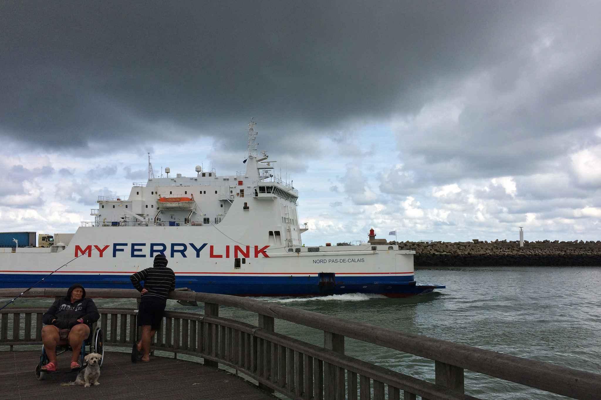 Video Calais Le Trafic Eurostar Et Eurotunnel Reprend Apr S Le Blocage Des Marins De Myferrylink