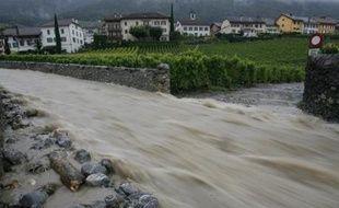 Inondations dans le village d'Yvorne, en Suisse, le 9 août 2007