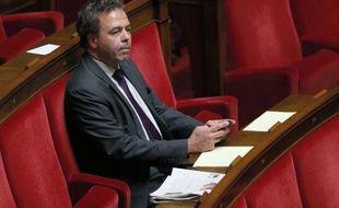 """Luc Chatel, vice-président délégué de l'UMP et ancien ministre de l'Education nationale, a affirmé qu'on pouvait s'interroger sur l'efficacité"""" du baccalauréat, un examen qui """"nécessiterait une vraie réflexion"""", lundi sur BFMTV."""