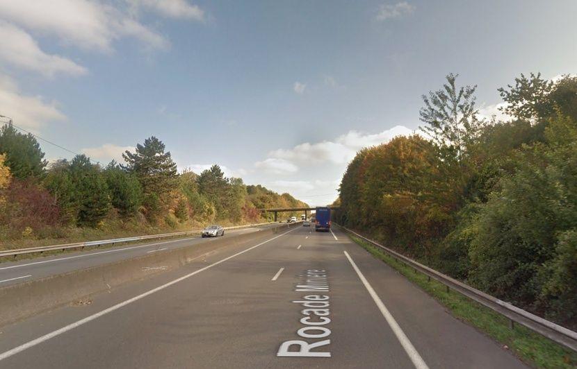 Pas-de-Calais: Décès d'un automobiliste percuté par un camion sur la bande d'arrêt d'urgence