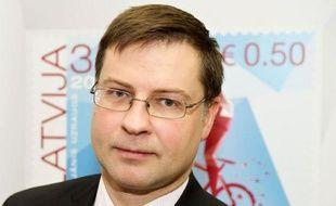 Passant outre la crise de la zone euro, la Lettonie s'apprête à adopter jeudi une législation clef pour pouvoir en devenir le 18e membre au 1er janvier 2014, mais très peu d'habitants de ce pays balte sont enthousiastes.