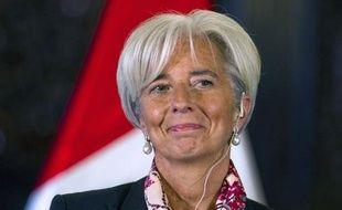 La directrice du Fond monétaire international (FMI) Christine Lagarde a démenti mercredi une nouvelle fois des discussions avec l'Espagne ou l'Italie sur un éventuel prêt dans le cadre de la crise de la dette, mais s'est dite prête à examiner des demandes en ce sens.