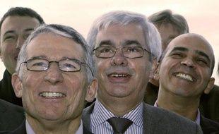 """Le 3 février 2003 à Toulouse, Nicolas Sarkozy tance publiquement Jean-Pierre Havrin, grand flic et père de la police de proximité, une """"crucifixion"""" juge ce dernier, qui brise le silence 7 ans après dans un livre, critique de la gestion gouvernementale du dossier sécurité."""