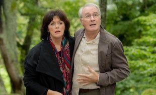 """Anny Duperey et Bernard Le Coq dans """"Une famille formidable"""" (TF1)"""