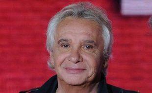 Michel Sardou sur le plateau de l'émission «Vivement  Dimanche» à Paris, en septembre 2010.