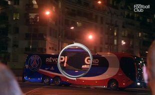 Le bus du PSG, caillassé avant son arrivée au Parc des Princes le 1er décembre 2013.