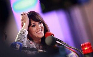 Zaz lors d'un passage sur France Bleu à la Maison de la Radio, le 14 novembre 2014.