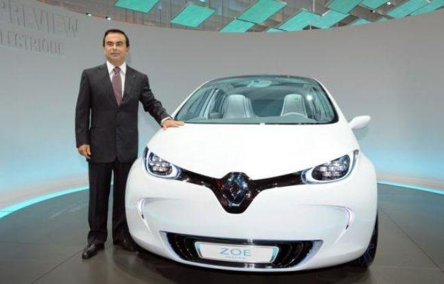 """Baptiser une voiture est un travail d'orfèvre: il mobilise des mois durant les """"cerveaux"""" des constructeurs pour dénicher des noms vendeurs, sans toujours leur épargner l'écueil du tribunal comme Renault en a fait l'expérience, poursuivi pour avoir nommé un modèle """"Zoe"""", comme 35.000 Françaises."""