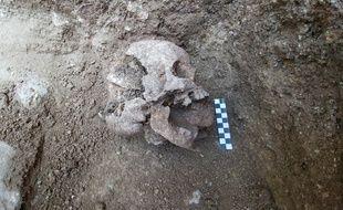 Le squelette d'enfant découvert à Lugano (Italie) à l'été 2018.