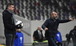 Jocelyn Gourvennec et Pascal Dupraz, deux entraîneurs contestés par certains de leurs supporters.