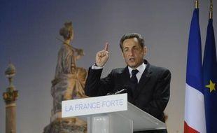 Nicolas Sarkozy a annoncé qu'il demanderait, s'il est réélu, un soutien accru de la Banque centrale européenne (BCE) à la croissance, en berne en Europe après plusieurs crises, dimanche devant plusieurs dizaines de milliers de personnes réunies place de la Concorde à Paris.