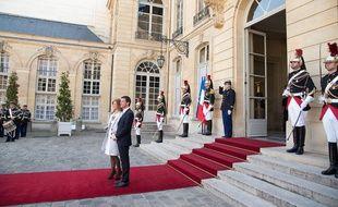 Manuel Valls et Anne Gravoin à Matignon, le 8 avril 2015.