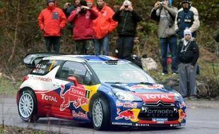 Le Français Sébastien Loeb (Citroën DS3) était toujours en tête du 80e Rallye Monte-Carlo, première manche du Championnat du monde (WRC), après les deux premières épreuves spéciales de la 4e journée (ES14, ES15), disputées samedi après-midi près de Nice.