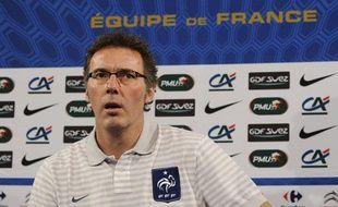Laurent Blanc lors d'une conférence de presse, le 8 février 2011