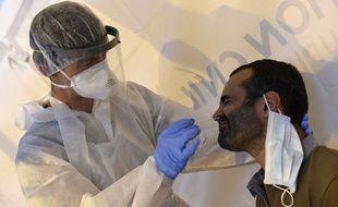 Une opération de dépistage du coronavirus (illustration).