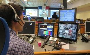 Au CADMOS, sur le site toulousain du CNES, le 18 avril, lors de l'expérimentation ECHO.