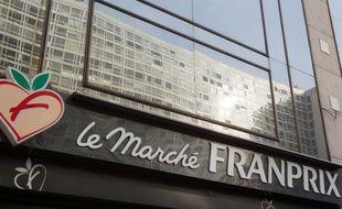 """La position du groupe de supermarchés Casino (Monoprix, Franprix...) dans Paris intramuros, où celui-ci détient plus de 60% des surfaces de vente, est un """"obstacle à la concurrence"""", a estimé mercredi l'Autorité de la concurrence."""