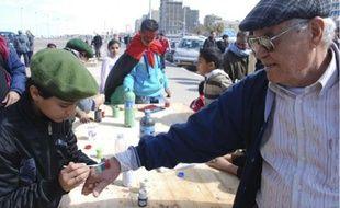 Hier, l'ambiance était à la fête dans les rues de Benghazi , dans l'est de la Libye.