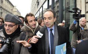 Une semaine après s'être emparé du parti présidentiel, Jean-François Copé a réalisé le doublé mardi avec la victoire d'un autre chiraquien à la présidence du groupe UMP à l'Assemblée, Christian Jacob, son plus fidèle lieutenant.