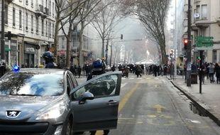A Lyon, le 7 décembre 2018. Des affrontements ont eu lieu entre certains manifestants et les forces de l'ordre, lors de la mobilisation des lycéens, étudiants et professeurs.