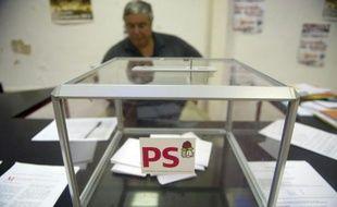 La liste du candidat socialiste Marcel Merle a remporté dimanche l'élection municipale à Marvejols, petite commune de Lozère confrontée à une énorme dette et dont un maire s'était suicidé avant que son successeur ne démissionne.