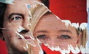 """Jean-Luc Mélenchon (Front de gauche) qui doit officiellement se décider samedi sur son choix aux législatives, a parlé vendredi d'une """"bataille homérique"""" face à Marine Le Pen s'il se présentait face à elle à Hénin-Beaumont pour le scrutin des 10 et 17 juin."""