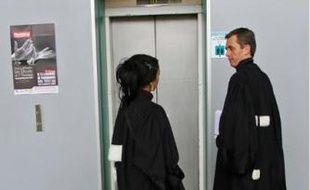 Les juges broient du noir.