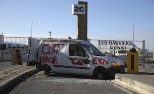 Sur le port de Marseille, lors de la grève du 12 décembre 2019.