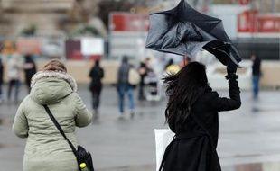Jeudi , l'ensemble des régions proches du littoral Atlantique connaîtra une nouvelle dégradation accompagnée de forts vents, selon Météo-France.