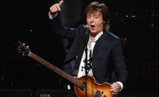 Paul McCartney lors d'un concert à Buffalo (Etat de New York) le 22 octobre 2015.