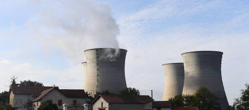 Le rapport RTE d'octobre 2021 conclut que, d'un point de vie économique, « construire de nouveaux réacteurs nucléaires est pertinent ».