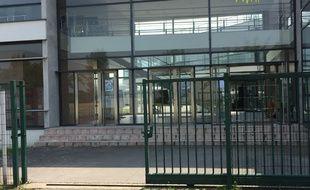 Le lycée Paul-Emile Victor à Osny, dans le Val d'Oise.