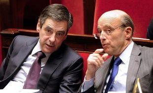Pays le plus sévèrement menacé d'abaissement de sa note par Standard and Poor's, la France, qui a fait du maintien de son triple A une priorité absolue, a regretté mardi une décision à contre-temps qui ne tient pas compte du compromis franco-allemand sur la discipline budgétaire dans la zone euro