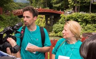 Damien Véron et Anne Désert à Nikko le 28 juillet 2019, un an après la disparition de Tiphaine Véron.