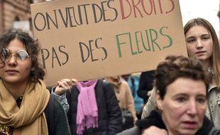 Manifestantes pour les droits des femmes à Toulouse ce mercredi