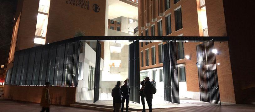 Le bâtiment de la Toulouse School of Economics a raflé de nombreux prix d'architecture.