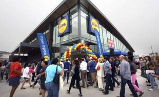 Ouverture d'un magasin Lidl à Virginia Beach (Etats-Unis) le 15 juin 2017