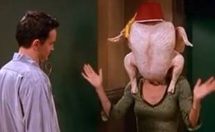 Monica et la dinde de Thanksgiving, dans la série Friends.