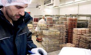 La restauration scolaire niçoise fait travailler 600 personnes, dont 70 à la cuisine centrale.