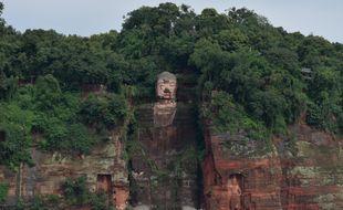 Le bouddha géant situé à Leshan (Chine), menacé par les inondations de l'été 2020.