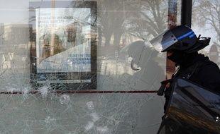 Une agence bancaire de la Société Générale a été dégradée samedi à Bordeaux, durant l'acte 18 des «gilets jaunes»